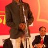 मुहब्बत के कवि ने फैलाई माहौल में रूमानियत
