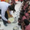 निराश्रित बच्चों ने मनाया जन्मदिन