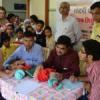 निराश्रित बच्चों का स्वास्थ्य परीक्षण
