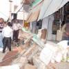 दुकान का छज्जा गिरा, हादसा टला