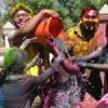 धूमधाम से मना रंगों का त्योहार