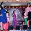 देशी-विदेशी संस्कृति का मिश्रण दिखा फैशन शो में