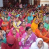 भगवान महावीर के जन्म वाचन का श्रवण करने उमड़े श्रद्धालु