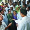 नीतियों के विरोध में कांग्रेस का धरना