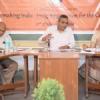 विकास के लिए गांधी द्वारा सुजाया मार्ग  ज्यादा प्रासंगिक