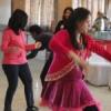 महिलाओं ने म्यूजिक के साथ किया योगा