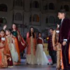 फैशन शो में किड्स के साथ मदर ने भी किया कैटवॉक