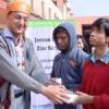 हिन्दुस्तान जिंक ने नेत्रहीन छात्रों को दिये एंड्रॉइड स्मार्ट फोन
