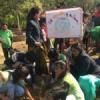 फतहसागर पाल पर बच्चों द्वारा नुक्कड़ नाटक