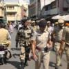 चुनाव के मद्देनजर शहर में पुलिस का फ्लैग मार्च